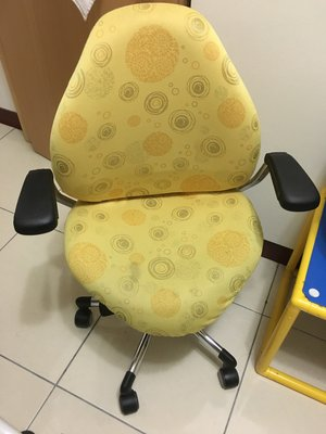 二手 亞梭兒童成長書桌加飛梭椅