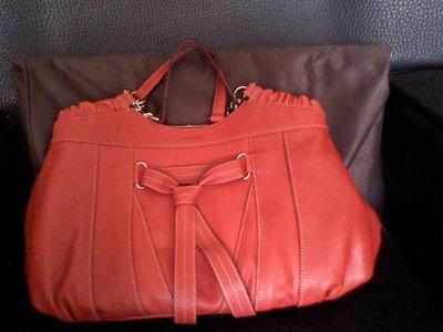 情人節不可錯過,全新 陳庭妮代言品牌borsalini,全新 秀氣橘色包,原價12000以上,低於5折