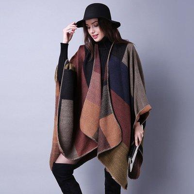 歐美時尚風大圍巾斗篷電毯毛毯 民族風幾何開岔罩衫披肩 艾爾莎【TOY2440】