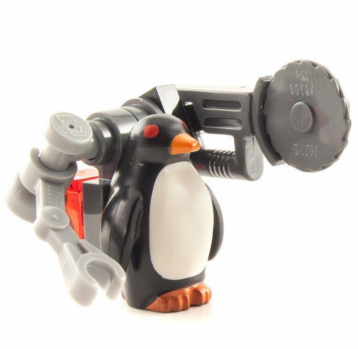 現貨【LEGO 樂高】全新正品 積木/ 蝙蝠俠電影系列: 蝙蝠洞 70909 | 單一人偶: 紅眼企鵝+武器