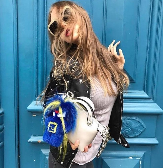📦現貨在台💖專櫃52折☆全新真品FENDI Fendirumi 吉祥物 Piro-chan貂毛吊墜吊飾 藍