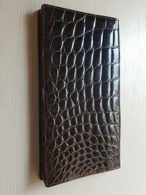 Guy Laroche crocodile veritable 皮夾   特價 6000