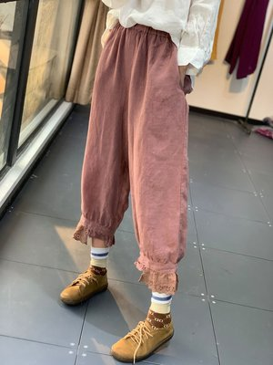 春裝設計款甜美花邊褲口鬆緊腰燈籠褲(老銀屋)