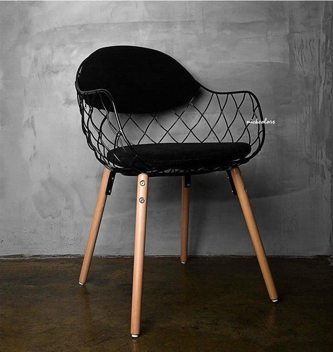 尼克卡樂斯 ~ 宜家北歐設計款餐椅  電腦椅 書桌椅 咖啡廳椅子 陽台椅  黑/白/青綠 三色可選