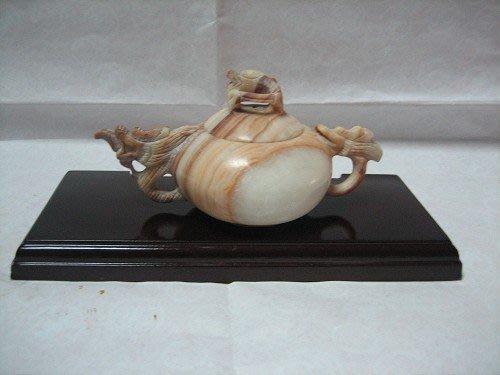 05-單龍-石雕-木紋壺---