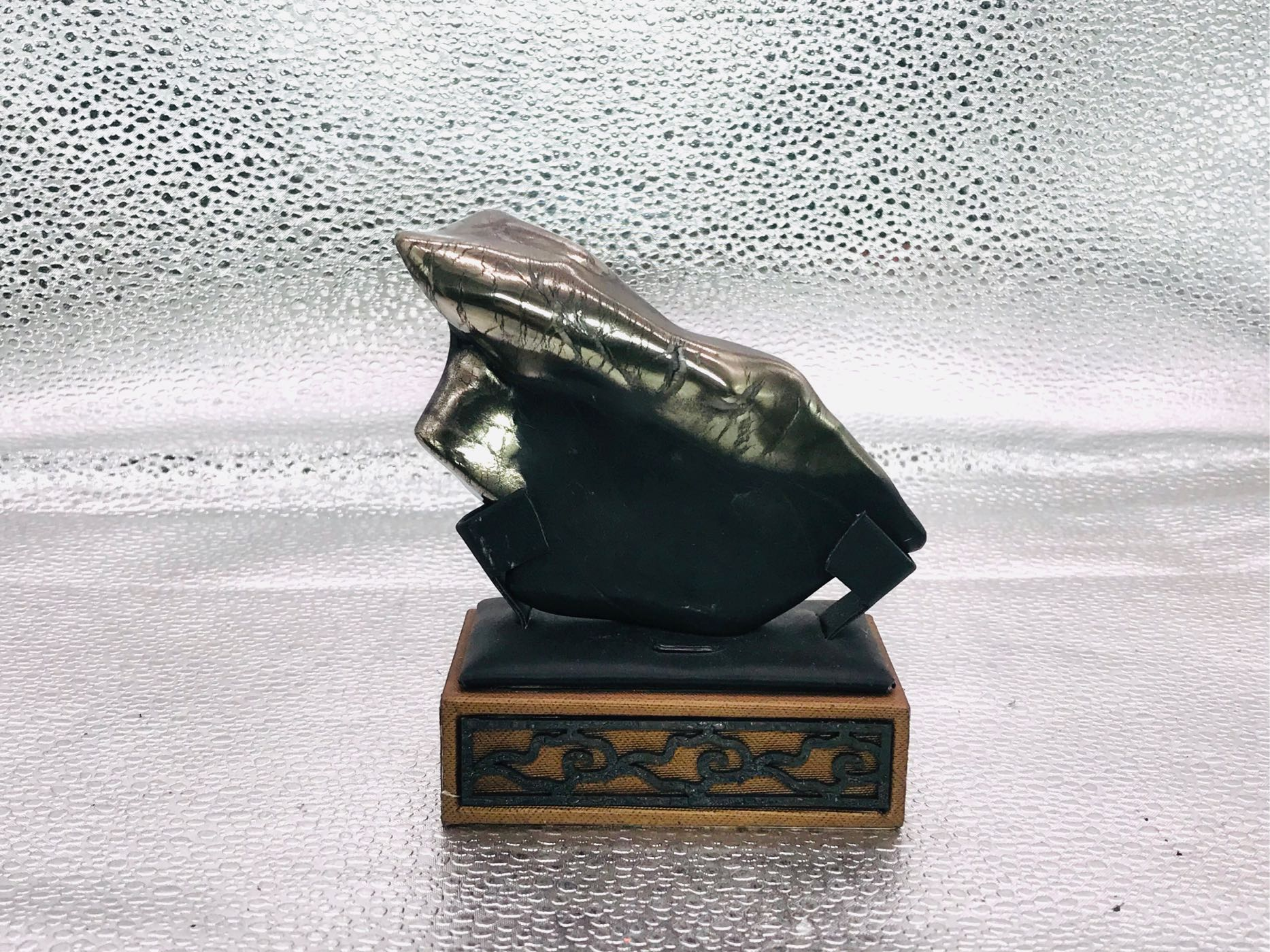 龍紋石。原型拋光。造型特殊、漂亮905