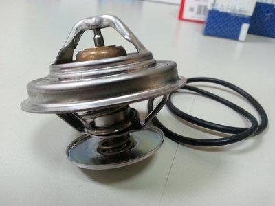 BENZ W210 M104 1996-1997 (71度.低溫) 節溫器 水龜 MAHLE製 1102000515