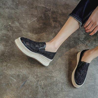 Fashion*透氣網紗樂福鞋 鏤空松糕厚底鞋 草編坡跟涼鞋/跟高5.5cm 34-39碼『白色 黑色』