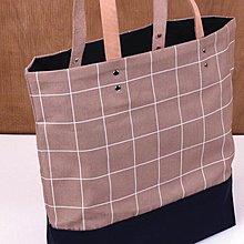 LeatherPan 手工皮革茶色格紋肩背托特包 格紋系列
