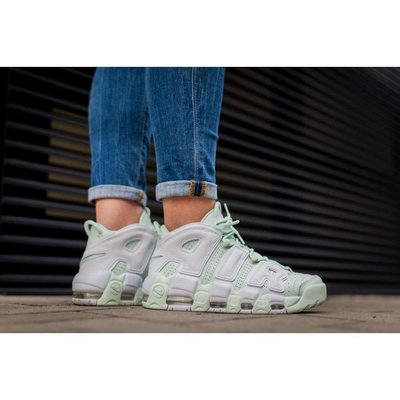 """Nike Air More Uptempo """"BARELY GREEN"""" 女鞋 917593-300"""