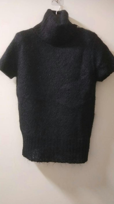 義大利品牌  高翻領刷羊毛衣
