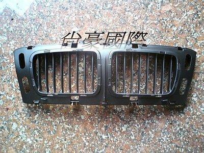 BMW~5系列-E34-95 M60 大鼻頭 水箱罩底座