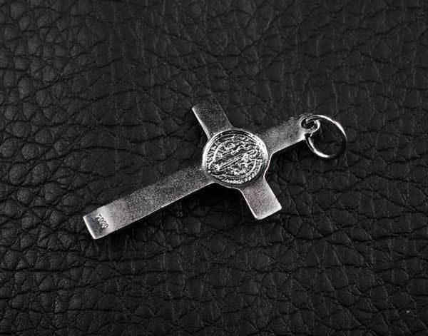 【弘慧堂】   天主教聖本篤驅魔十字架吊墜 925純銀做成復古泰銀效果
