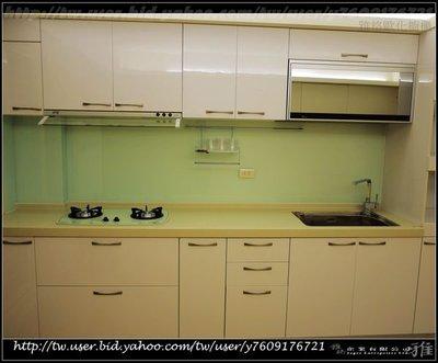 【雅格櫥櫃】工廠直營~廚具、系統櫃 、喜特麗三機、外掛式把手、三星人造石檯面