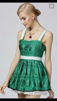 M綠色洋裝特價1800元含運費