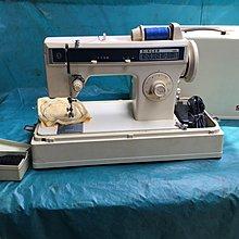 家庭用縫紉機二手勝家SINGER 1288型 手提 拼布 、學生、家用兩皆宜~保固半年