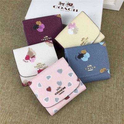 【八妹精品】COACH 53758 女士花朵圖案三折短夾 零錢夾 方便實用錢包 皮夾