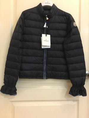 全新 推薦款  Moncler   jacket  薄款羽絨外套 大女童 深藍色 14A 現貨