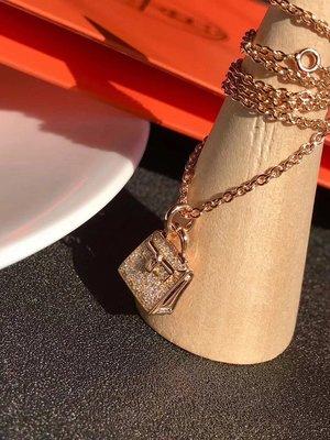 ✤寵愛Pamper for you✤Hermes 愛馬仕Kelly Amulette滿鑽包包項鍊