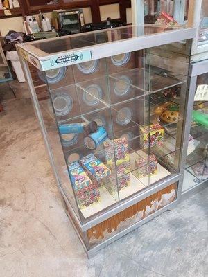 早期糖果櫃