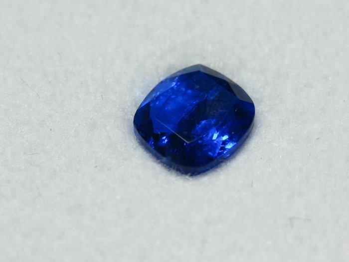 【Texture & Nobleness 低調與奢華】天然無處理 高品質AAA 稀有 罕見 藍方石 0.42克拉