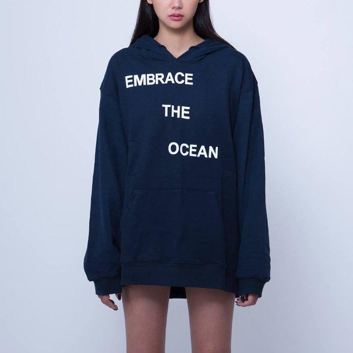 { POISON } MOONBLIND EMBRACE THE OCEAN HOODIE 落肩帽TEE 海軍藍