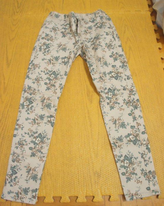(全新)B14 顯瘦小碎花貼腿的褲,日本購入