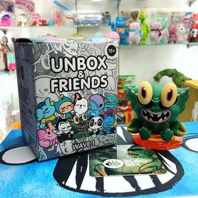 Unbox & Friends blind box 盲抽 盲盒  Crab Kaiju 蟹