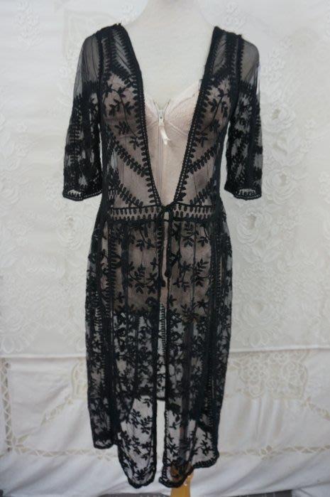 黑65棉透膚蕾絲開襟五分袖外套