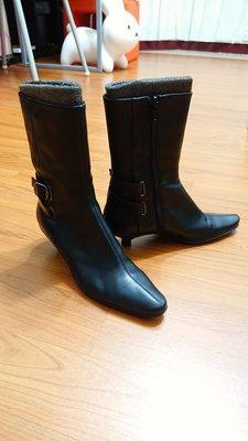 nine west 黑色皮革金屬扣環短靴6.5M