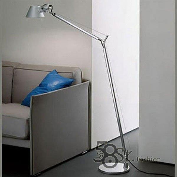 【58街】義大利設計師款式「稻草人雙臂落地燈」。複刻版。GU-078