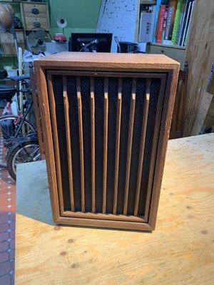 早期木箱骨董喇叭 聲音正常  只有1顆