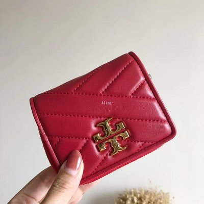 Alina 精品代購 TORY BURCH 美國輕奢時尚 紅色電腦斜紋刺繡拉鍊錢包 短夾  美國代購