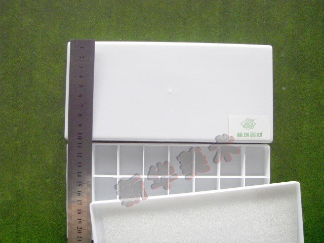 聚吉小屋 #水粉顏料調色盒24格色彩 繪畫 寫生調色盒 水粉盒 美術顏料盒