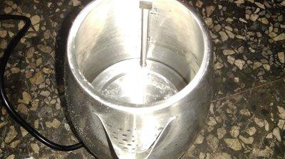 歌林 Kolin 2.0L 304 不鏽鋼 快煮壺 加熱底座