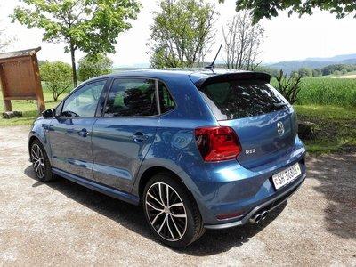 ** 福品小舖 ** 福斯 VW New POLO 2015款  GTI  帶漆尾翼 不需打孔 可直上(正廠)