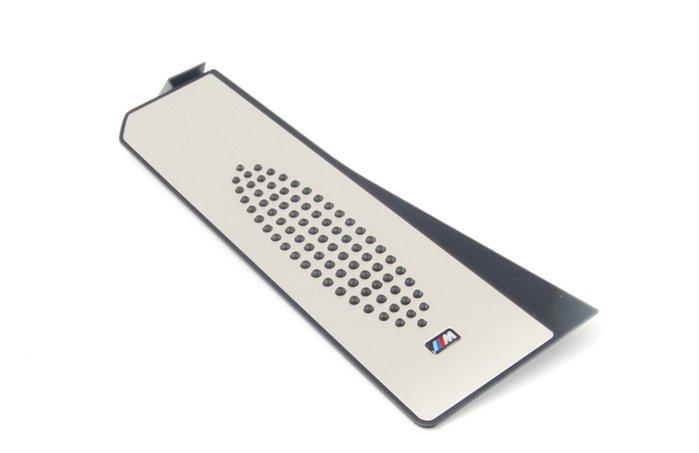 【樂駒】BMW 原廠 改裝 內裝 套件 休息 踏板 擱腳板 F10 F11 M Sport 套件 防滑 精品