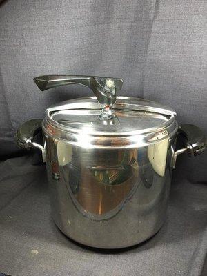長期收購二手Lagostina義大利樂鍋 12公升壓力鍋(快鍋) 全系列零件ㄝ有販售
