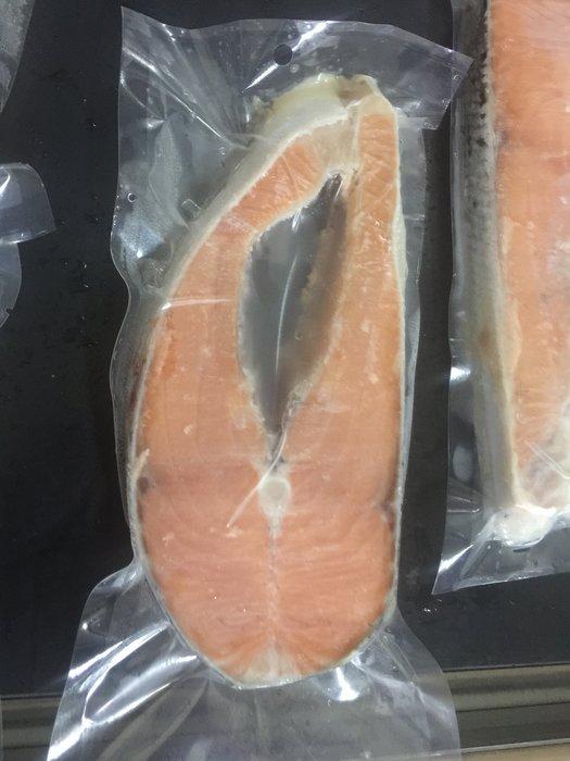 鮭魚切片每片200元☆鴻德水產☆滿額免運