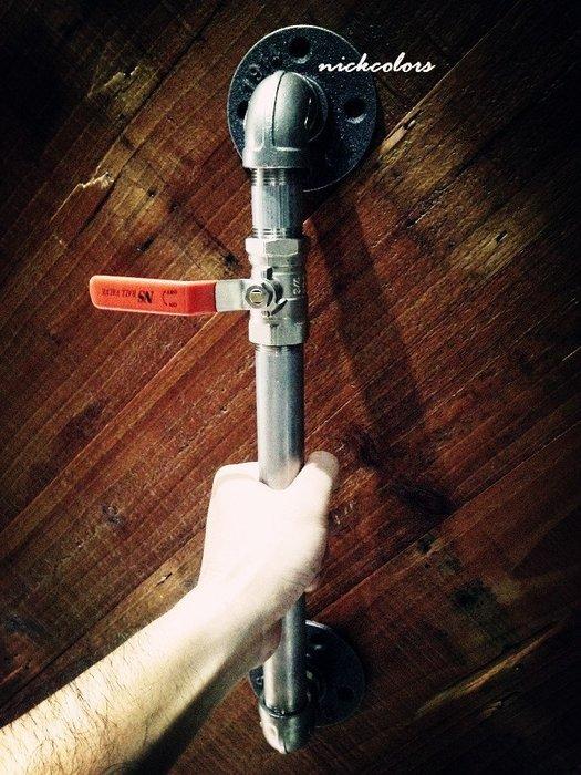 尼克卡樂斯~不鏽鋼水管門把訂製 訂作大門水管把手 抽屜 餐廳服裝店掛桿 酒吧設計師裝潢 金屬鐵管 工業復古風loft