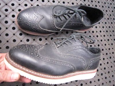 美國PathFinder正品超耐磨鞋底時尚雕花皮鞋非籃球Irving KD kobe JORDAN CUR元起標