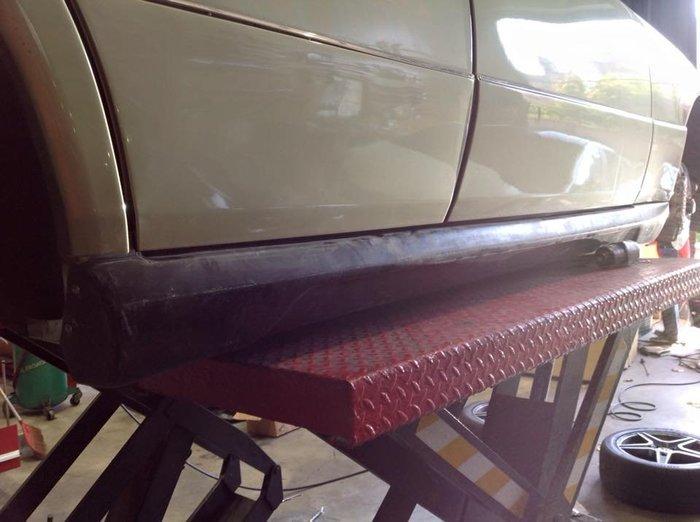 DJD19091407 BENZ W124 WALD 套件組 側裙 前後保桿 素材