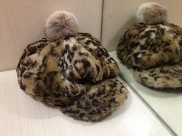 全新日本製-豹紋毛帽 日文標示