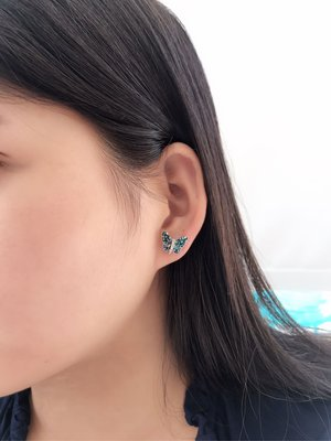 Anna Sui風格 手工拼接黑色貝殼蝴蝶耳環