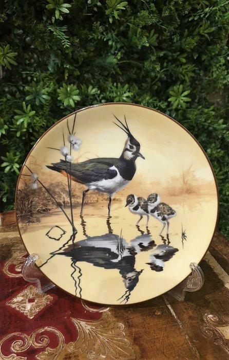 【卡卡頌  歐洲古董】WEDGWOOD 緯緻活  英國(老件未用) 藝術家 簽名 美麗水鳥 裝飾盤 p1749 ✬