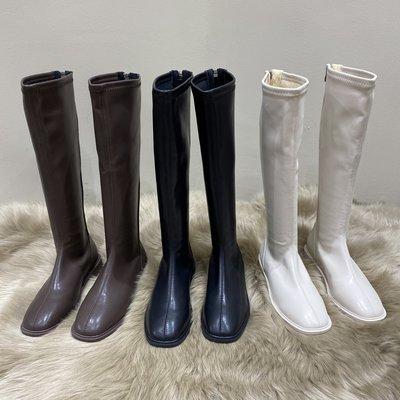 小跑牛鞋白色長筒馬丁靴女鞋2021年新款秋冬季中筒加絨冬鞋高筒騎士長靴子