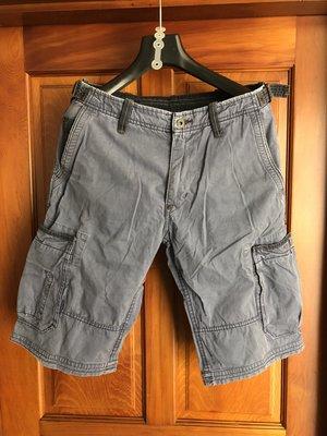 中古 POLO JEANS 工作短褲。尺寸:32腰 。現況如圖。