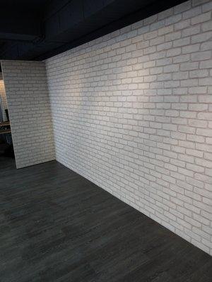 {三群工班防焰}壁紙大花色文化石系列連工帶料做好壁紙每坪350元服務迅速網路最低價另塑膠地磚塑膠地板地毯窗簾捲簾油漆施工