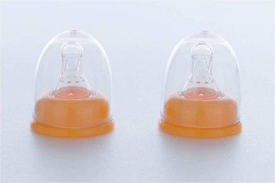 ╭☆金湯匙*╮標準口徑透氣矽膠奶嘴(十字。圓孔)。S。M 奶嘴含蓋區
