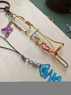伸縮喇叭,長號伸縮號,不含字長號鋁飾不爽手工鋁線製作,可以訂做獨一無二鑰匙圈